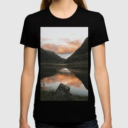 Time Is Precious - Landscape Photography T-shirt