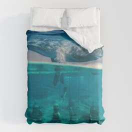 Between the sea and sky by GEN Z Comforters