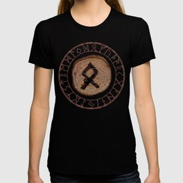 Othala Rune ancestral property, one's homeland or a sense of physical, mental, emotional, spiritual T-shirt