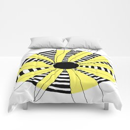 FLOWERY INA / ORIGINAL DANISH DESIGN bykazandholly Comforters
