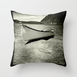 Wapizagonke Throw Pillow