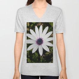 White African Daisy Unisex V-Neck