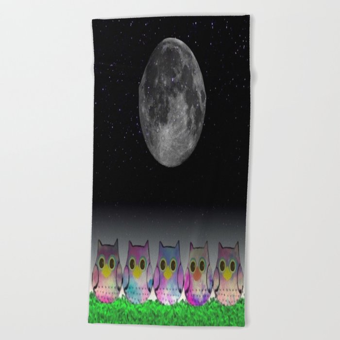 owl-5 Beach Towel