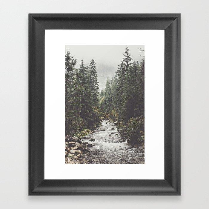 Mountain creek - Landscape and Nature Photography Gerahmter Kunstdruck