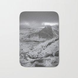 mount tryfan snowdonia Bath Mat