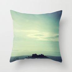 Island. Throw Pillow