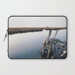 Weathered and rickety wooden dock almost collapsing in the Aveiro lagoon. Laptop Sleeve