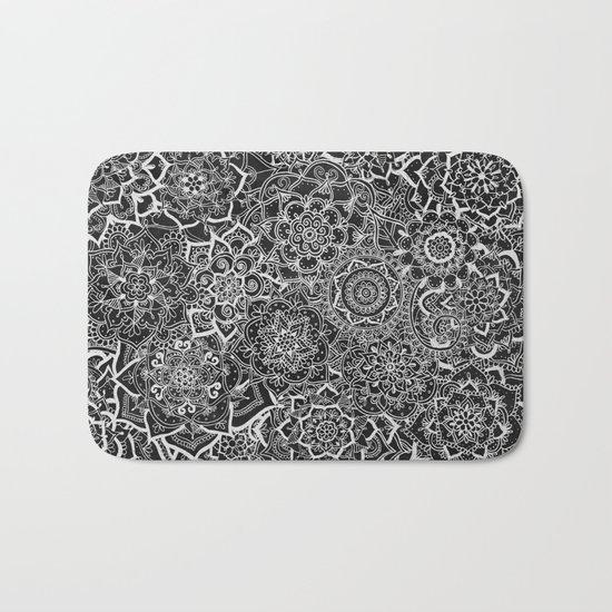Delicate Lace Mandala Pattern Bath Mat