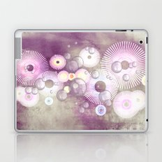 Phantasie in lila - Fantasy in purple Laptop & iPad Skin