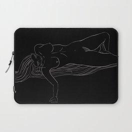 'Womyn' 3/3 Laptop Sleeve
