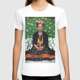 frida kahlo artist T-shirt