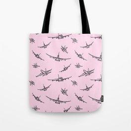 Airplanes on Light Pink Umhängetasche