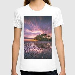 Landscape reflection 2 waves sky T-shirt