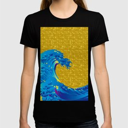 Hokusai Big Wave on Gold-leaf Screen T-shirt