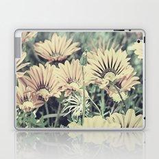 Desert Daisies - Daisy Project in memory of Mackenzie Laptop & iPad Skin