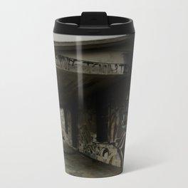 graffiti house Metal Travel Mug