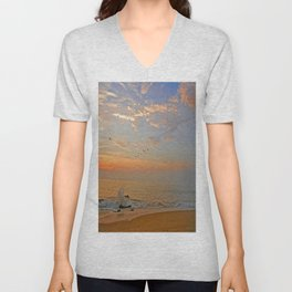 Sunrise at the ocean with jetty and birds - minimalist landscape photography Unisex V-Neck