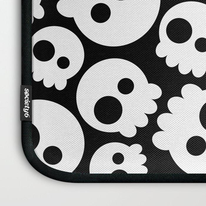 A skull in love Laptop Sleeve