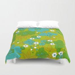 Green, Turquoise, and White Retro Flower Design Pattern Duvet Cover