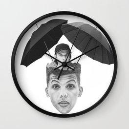 La pluie Wall Clock