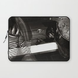this is a selfish self-awareness, chapter 7 Laptop Sleeve