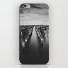 Port Melbourne iPhone & iPod Skin