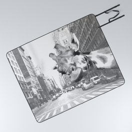 Black and White Selfie Giraffe in NYC Picnic Blanket