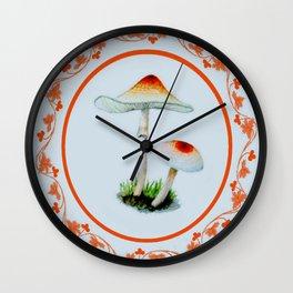 Pour chasseurs de champignons Wall Clock