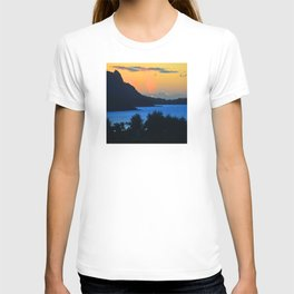 Tropical Splendor In Blue And Gold T-shirt