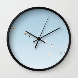 f l y Wall Clock