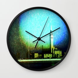 Pour Wall Clock