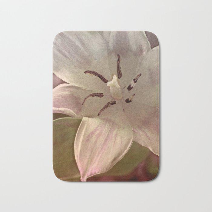 Vintage tulips(5) Bath Mat