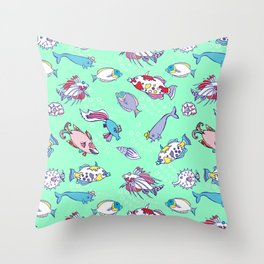 Seamless pattern  with color fishes and bubbles Throw Pillow
