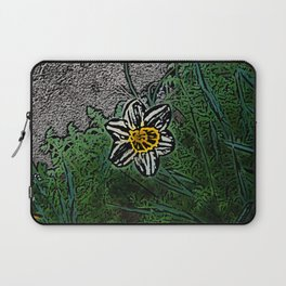 Surreal White Daisy  Laptop Sleeve
