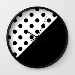 CIRCLES PATTERN (BLACK-WHITE) Wall Clock