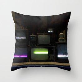 Nostalgia - Cathode Ray Tube Television Throw Pillow