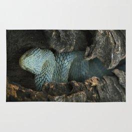 Blue Bush Viper in Hollow Log Rug