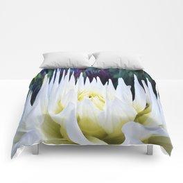 380 - Abstract Flower Design Comforters