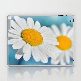 Daisy macro 083 Laptop & iPad Skin