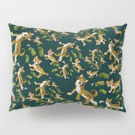 Iberian lynx pattern Green Pillow Sham
