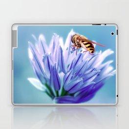 Hoverfly 48 Laptop & iPad Skin