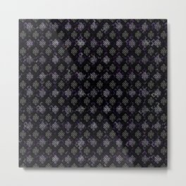 Endless Knot pattern - Silver and Amethyst Metal Print