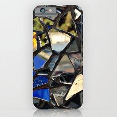 Closeup (PHOTO) of a Glass Mosaic Slim Case iPhone 6s
