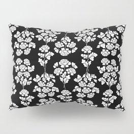 Black roses bouquet Pillow Sham