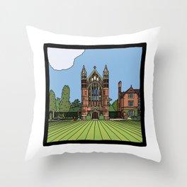 Cambridge struggles: Selwyn College Throw Pillow