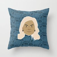 parks and recreation Throw Pillows featuring Leslie Knope - Parks and recreation by Kuki