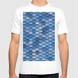 Blue sparkling glitter mermaid scales - Mermaidscales T-shirt