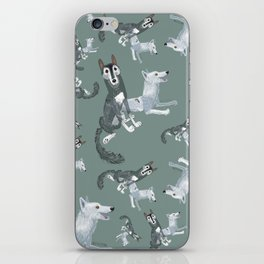 Totem Canadian wolf 2 iPhone Skin