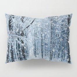 Winter wonderland scenery forest  Pillow Sham