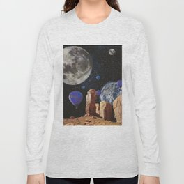 The slow trip in the universe Long Sleeve T-shirt